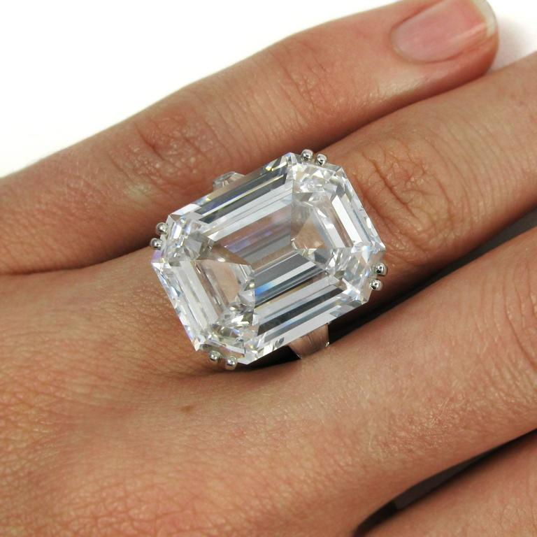 Harry Winston Magnificent 22.91 Carat GIA Cert. D Color Emerald Cut Diamond Ring For Sale 5