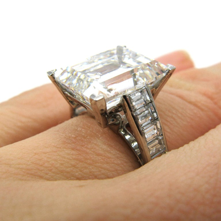 Harry Winston 7.45 Carat GIA Certified F VS1 Emerald Cut Ring For Sale 1