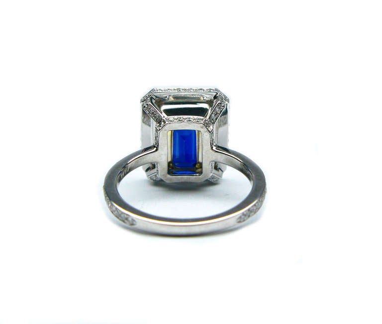 7.65Ct Certified Vivid Blue Sapphire and Diamond Ring 4