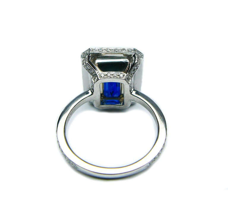 7.65Ct Certified Vivid Blue Sapphire and Diamond Ring 5