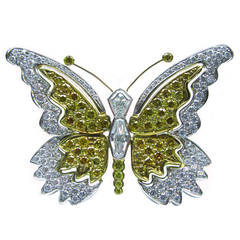 Butterfly Pin with White and Fancy Intense Yellow diamonds