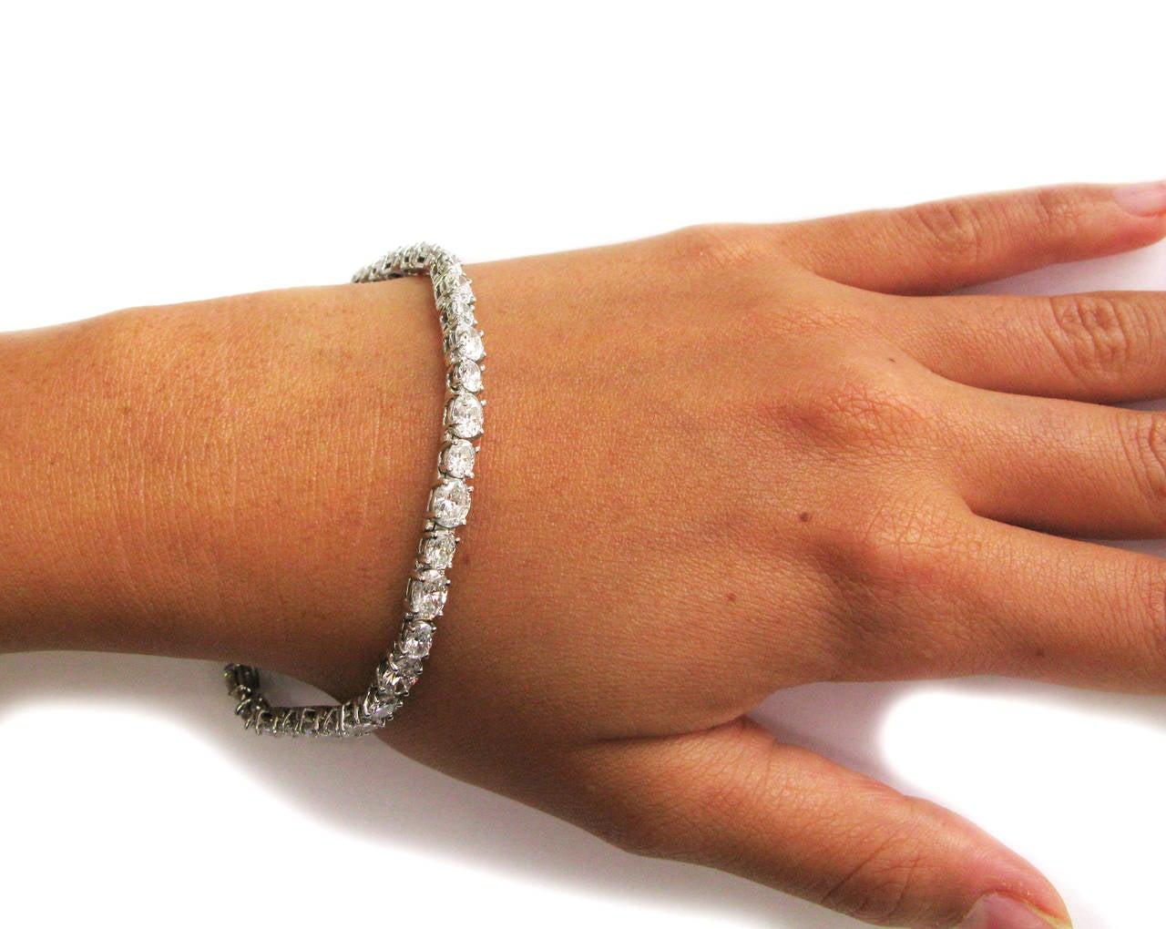 Oval Diamond Platinum Tennis Bracelet For Sale at 1stdibs