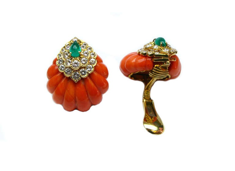 David Webb Coral Emerald Diamond Earrings In Excellent Condition For Sale In New York, NY