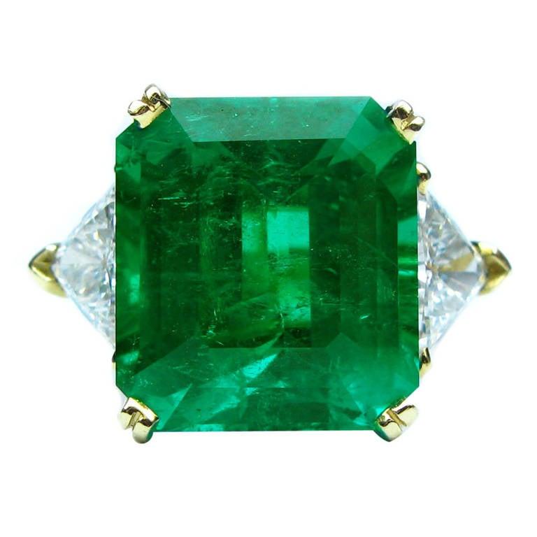 11.92 Carat Emerald and Diamond Ring 1