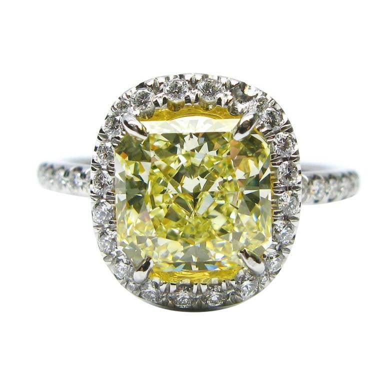 2.39 Carat Fancy Light Yellow Radiant Diamond Ring