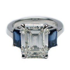 3.58 Carat Emerald Cut I VS2 certified diamond and blue Sapphire Ring certified
