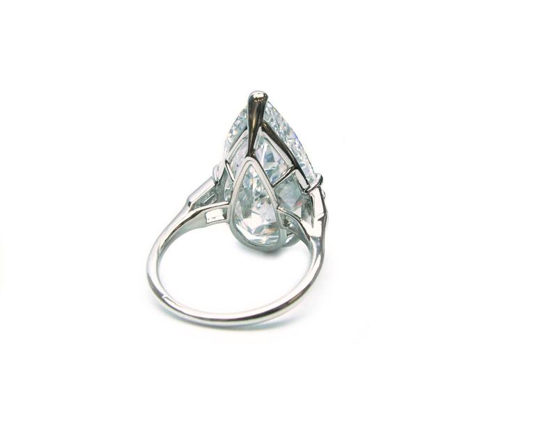 Women's Cartier GIA Cert 10.02 Carat Pear shaped Diamond platinum Ring For Sale