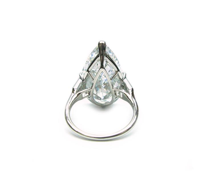 Cartier GIA Cert 10.02 Carat Pear shaped Diamond platinum Ring For Sale 1