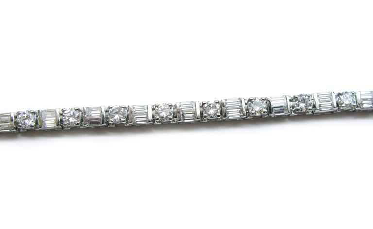 baguette zoom on buy shop diamond bracelet save at and sapphire