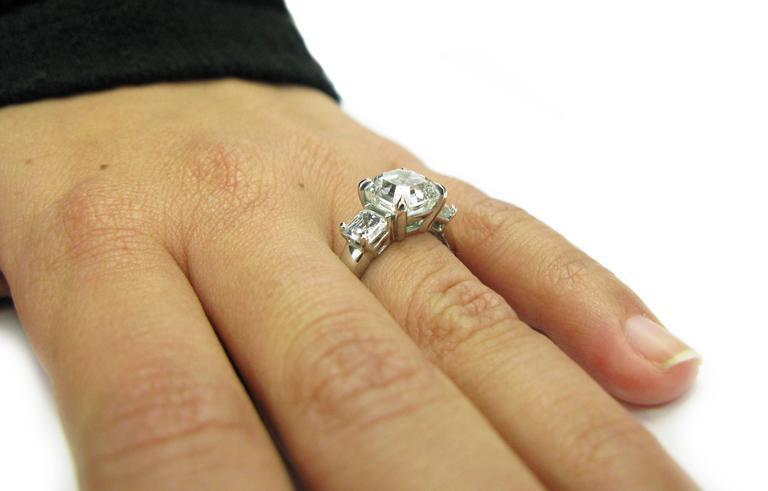 3.01 Carat GIA F VS1 Certified Asscher Diamond Platinum Three Stone Ring For Sale 1