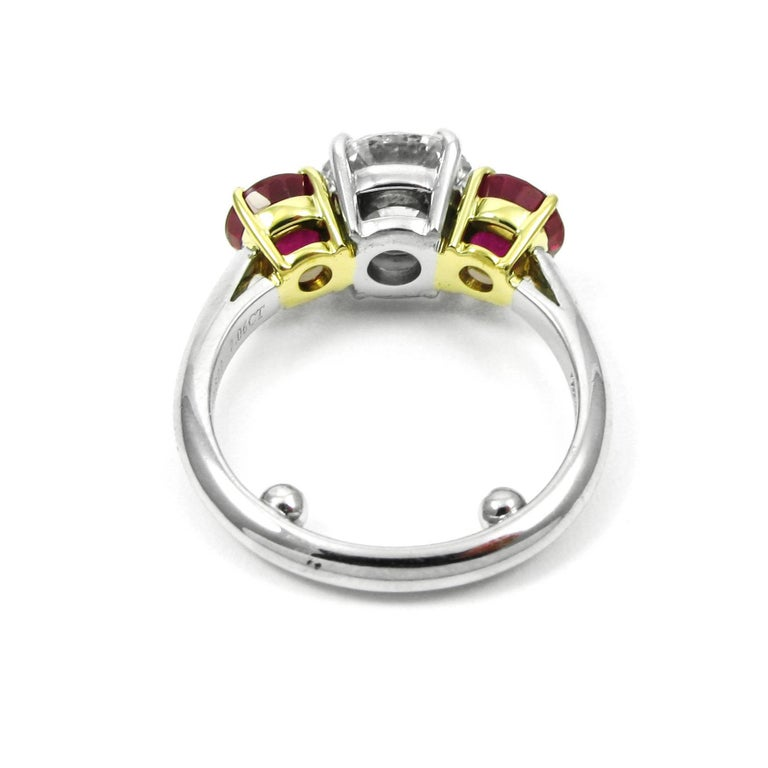 Tiffany & Co. 2.10 Carat Diamond and Ruby Three Stone Ring GIA Certified For Sale 2