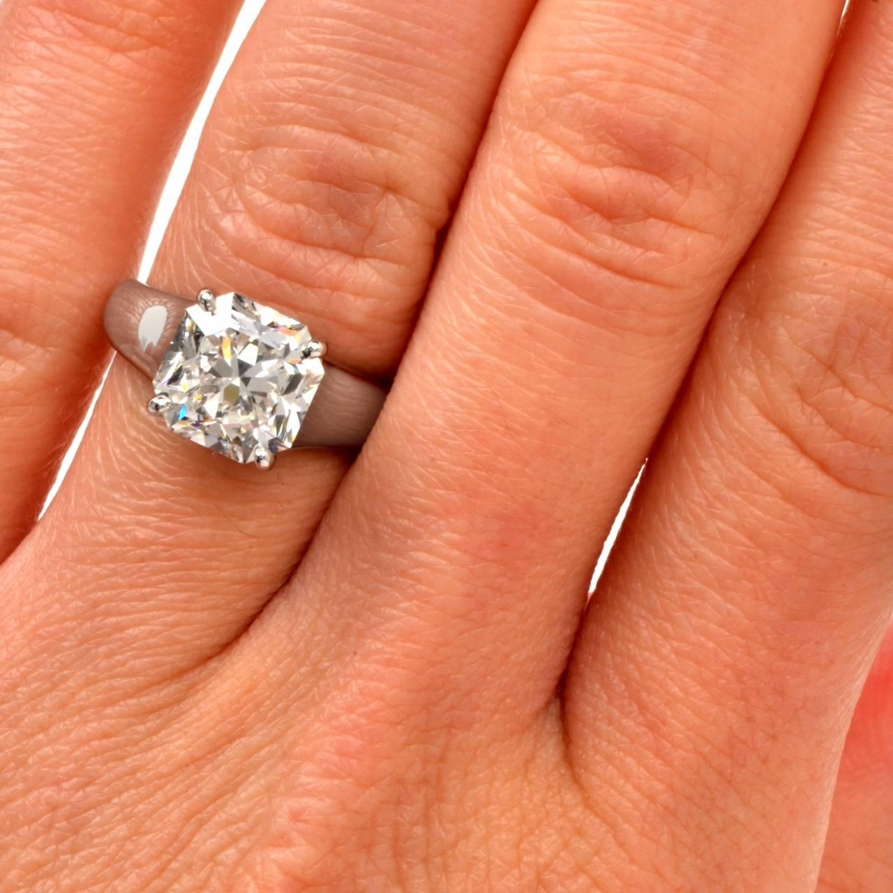 Women's Tiffany & Co. 4.01 Carat G-VS1 Diamond Platinum  Ring For Sale