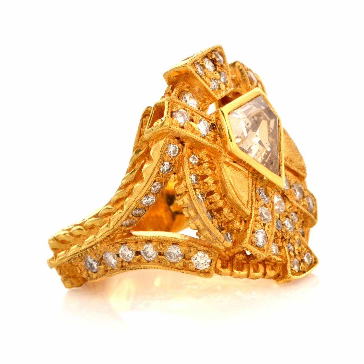 Impressive Diamond Yellow Gold Ring 3