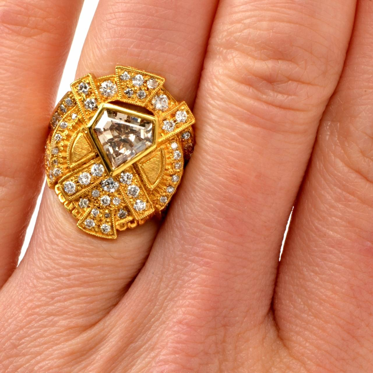 Impressive Diamond Yellow Gold Ring 7