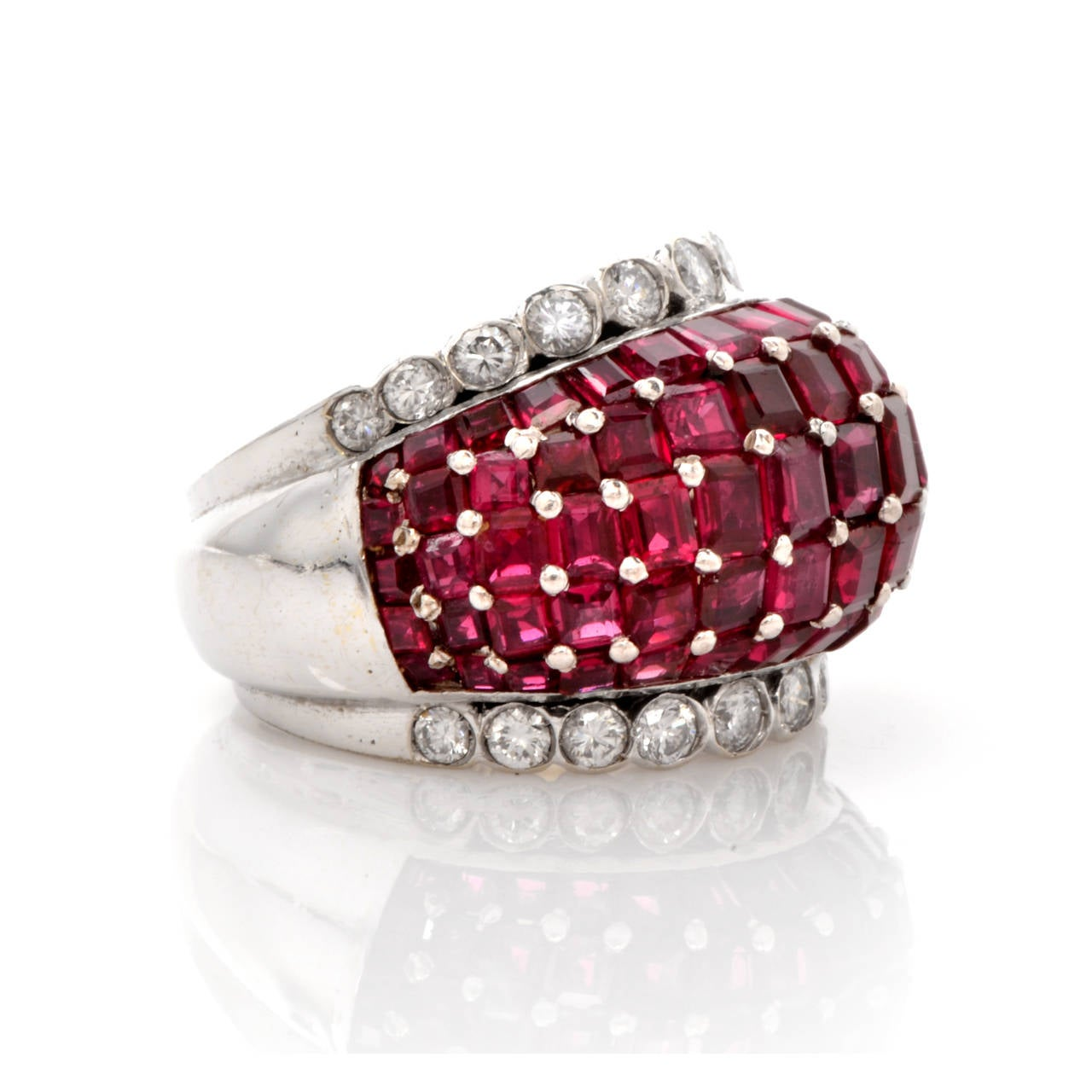 Ruby Diamond Gold Ring In Excellent Condition For Sale In Miami, FL