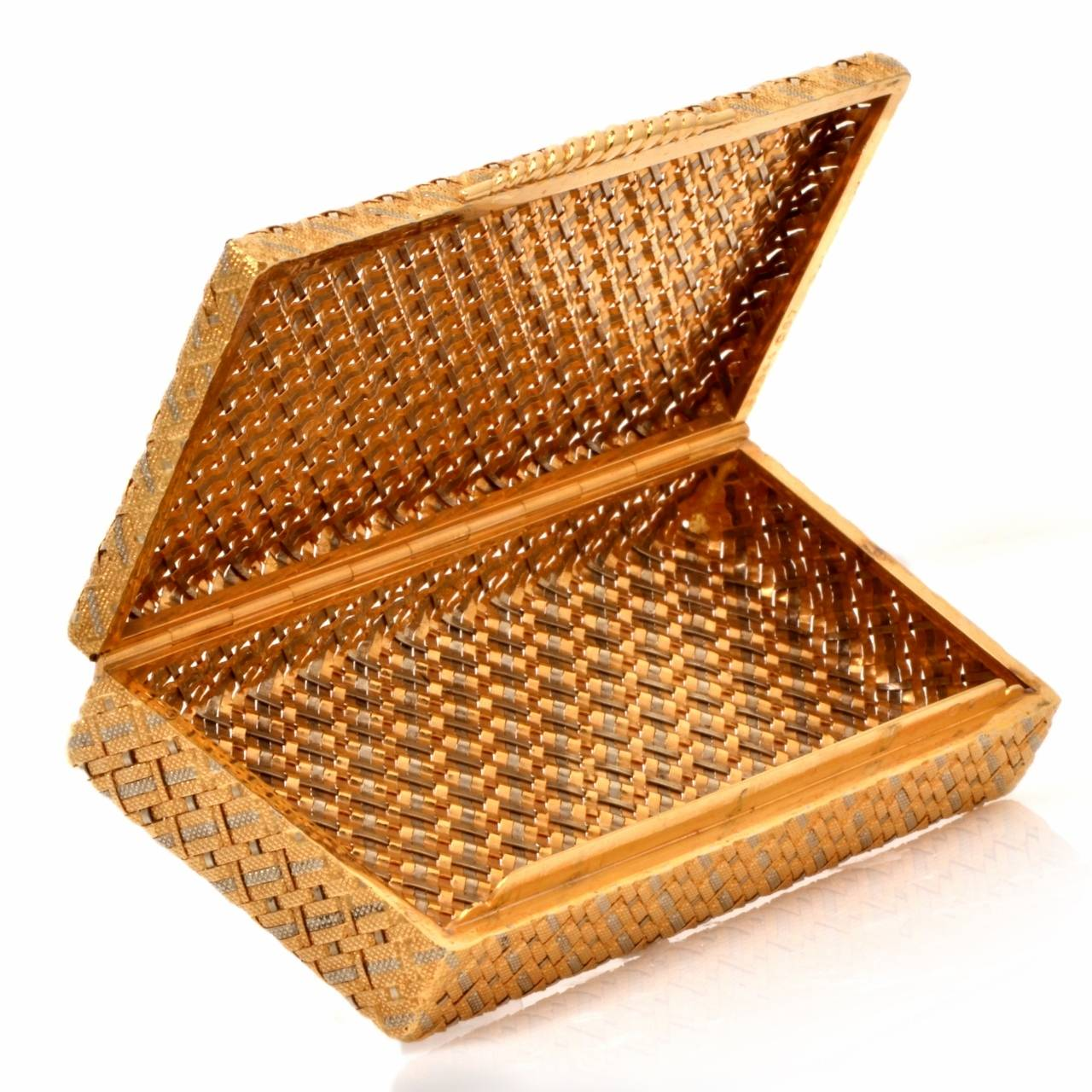 Van Cleef And Arpels Textured Gold Box At 1stdibs