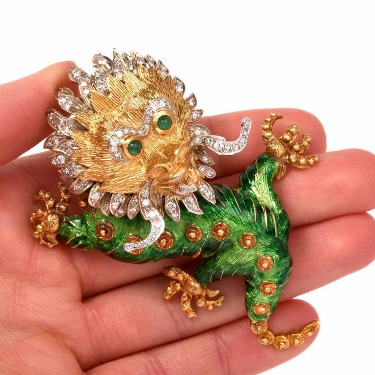 Round Cut 1960s Vintage Enamel Diamond Gold Chinese Dragon Brooch Pin