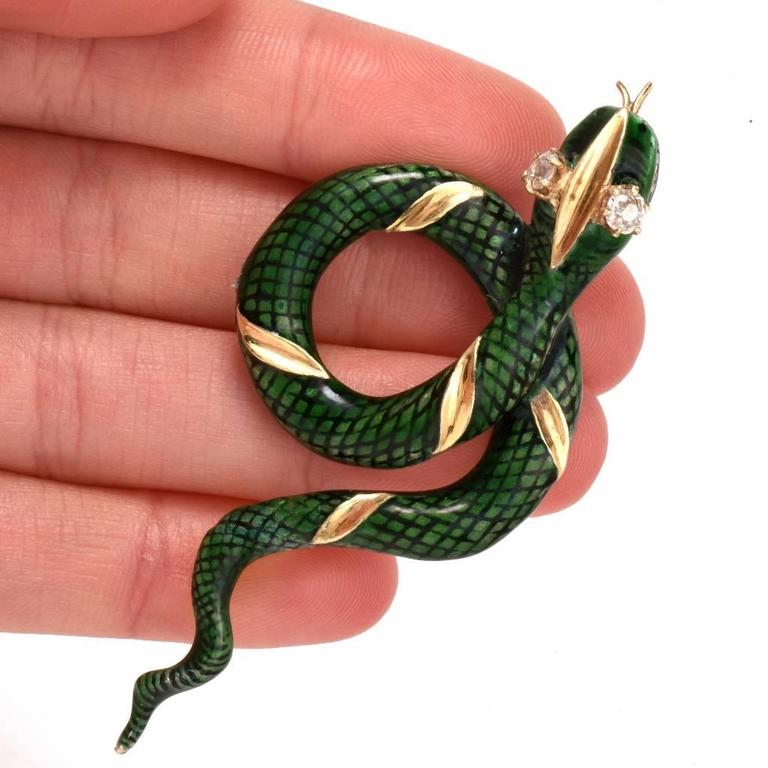 1950s Enamel Diamond Gold Snake Brooch Pin For Sale 2