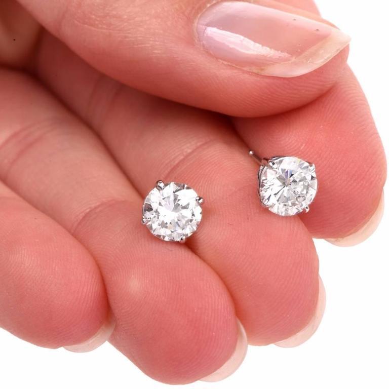 GIA 2.13 Carat Extra White E-F, VS2 Diamond  18k Gold Stud Earrings For Sale 2
