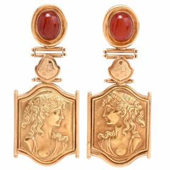 1980s Roman Portrait Carnelian Gold Pendant Earrings