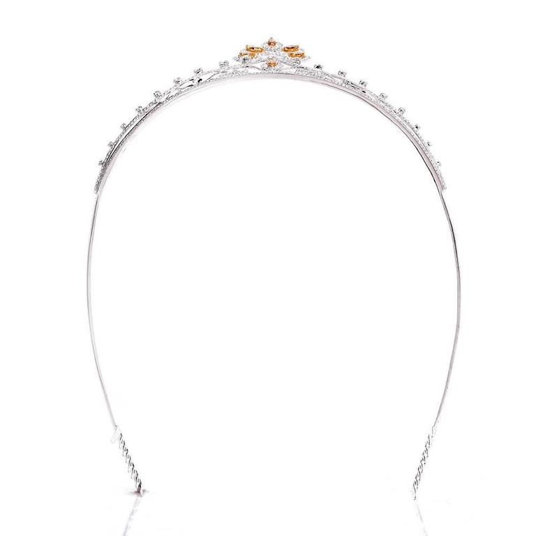 Women's or Men's GIA Certified Natural Fancy Diamond Gold Tiara For Sale