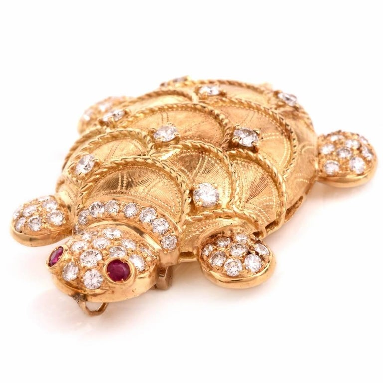 Diamond Turtle Gold Brooch Pin and Pendant For Sale at 1stdibs