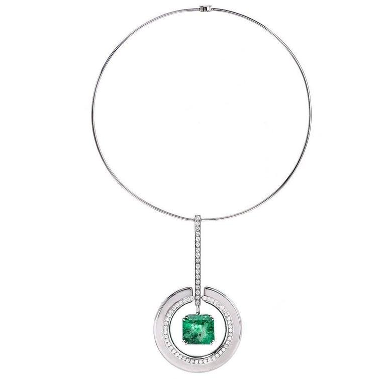 Impressive 1960s Egyptian Style Choker Diamond Emerald Necklace