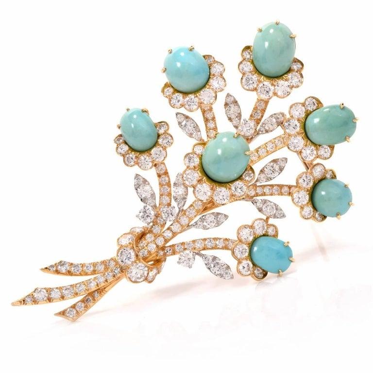 Van Cleef & Arpels Diamond Gold Flower VCA Pin Brooch For Sale 3