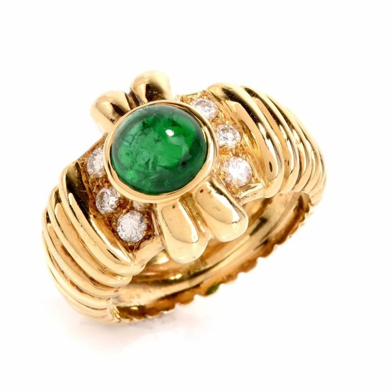 Modern 1980s Emerald Cabochon Diamond Yellow Gold Cocktail Ring For Sale