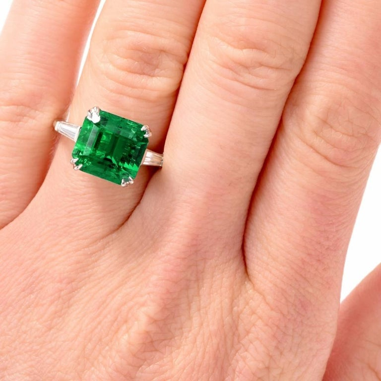 Art Deco Remarkable Certified Colombian Emerald Diamond Platinum Ring For Sale