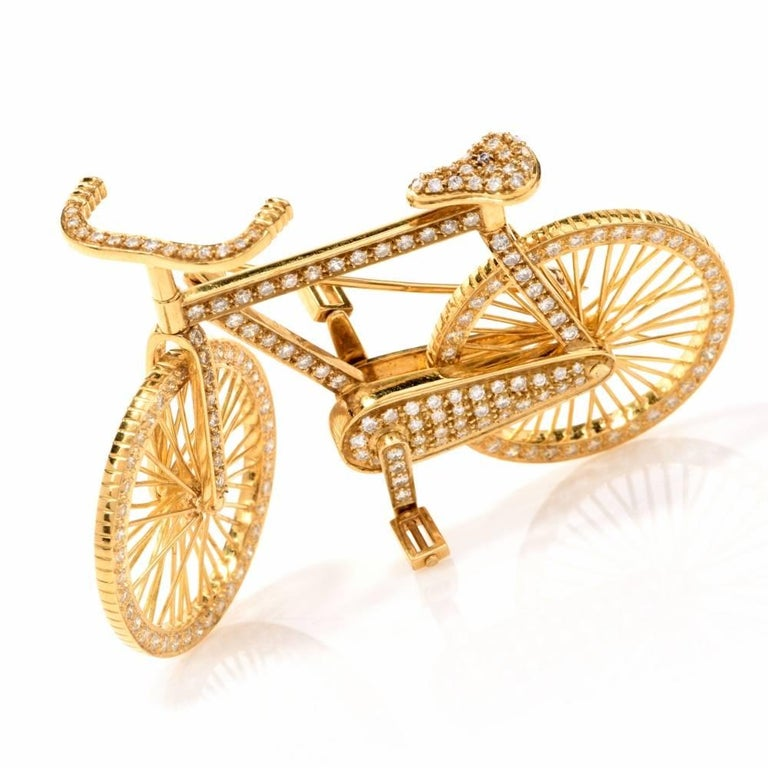 Modern 1980s Diamond 18 Karat Gold Bicycle Figurine Pin Brooch