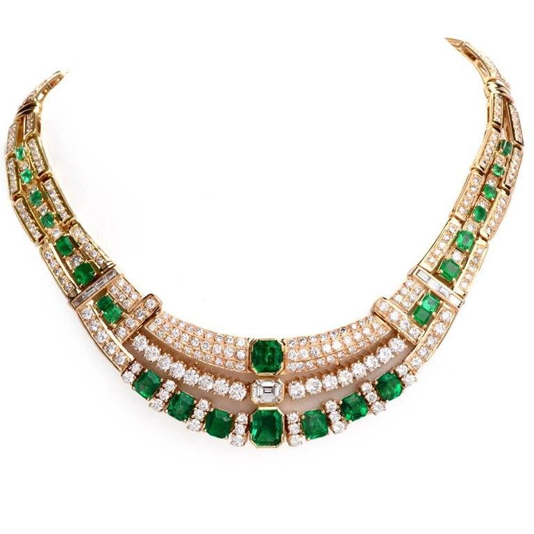 1980s Diamond Emerald 18 Karat Yellow Gold Link Necklace