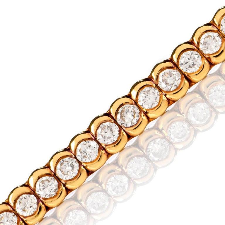Round Cut 1990s Italian Tennis 4.85 Carat Diamond 18 Karat Yellow Gold Bracelet For Sale