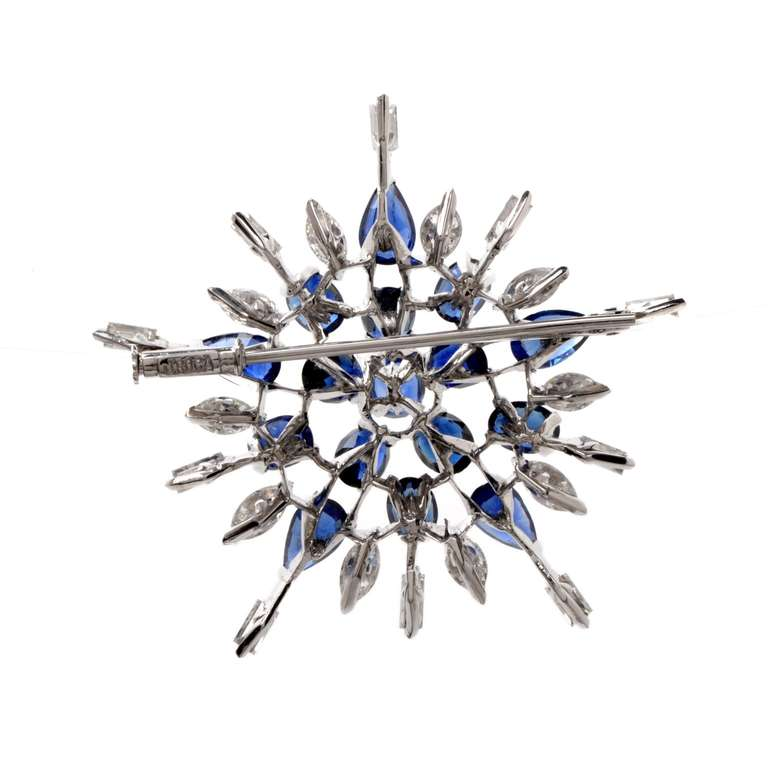 Diamond Sapphire Starburst Platinum Brooch Pin In Excellent Condition For Sale In Miami, FL