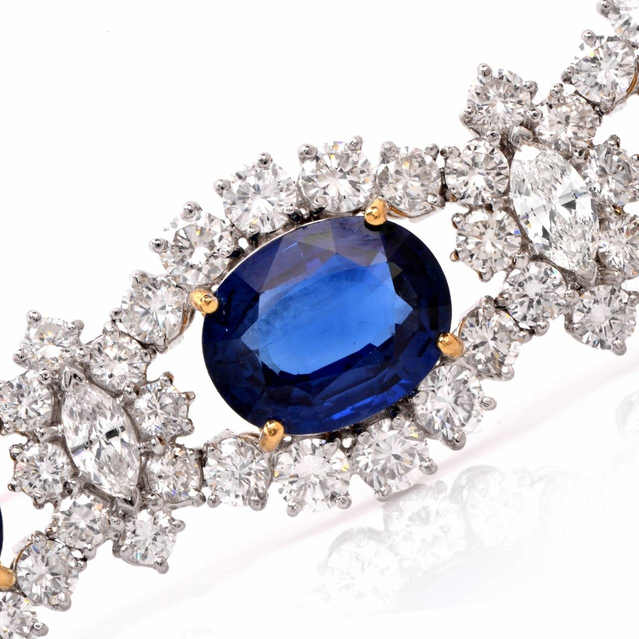1980s Lady Diana Sapphire Diamond Platinum & Gold Bracelet In Excellent Condition For Sale In Miami, FL
