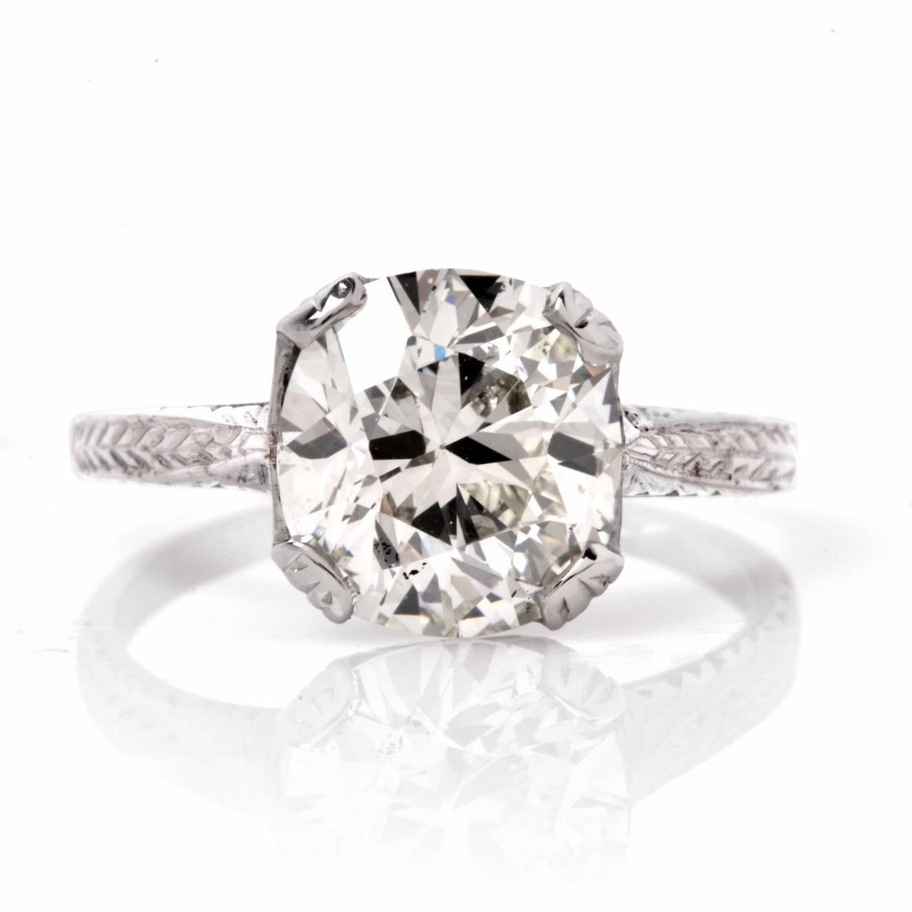 Art Deco EGL Certified 2.70 Carat Diamond Gold Solitaire Engagement Ring For Sale