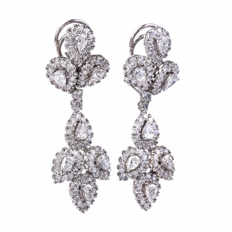 Girandole Era Glamorous Diamond Gold Chandelier Earrings 5