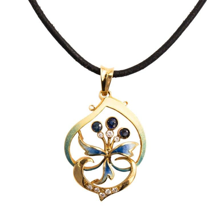 Iconic Art Nouveau 18 Karat Yellow Gold Sapphire Diamonds Pendant