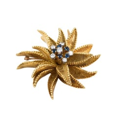 18kt Gold Flower Pin