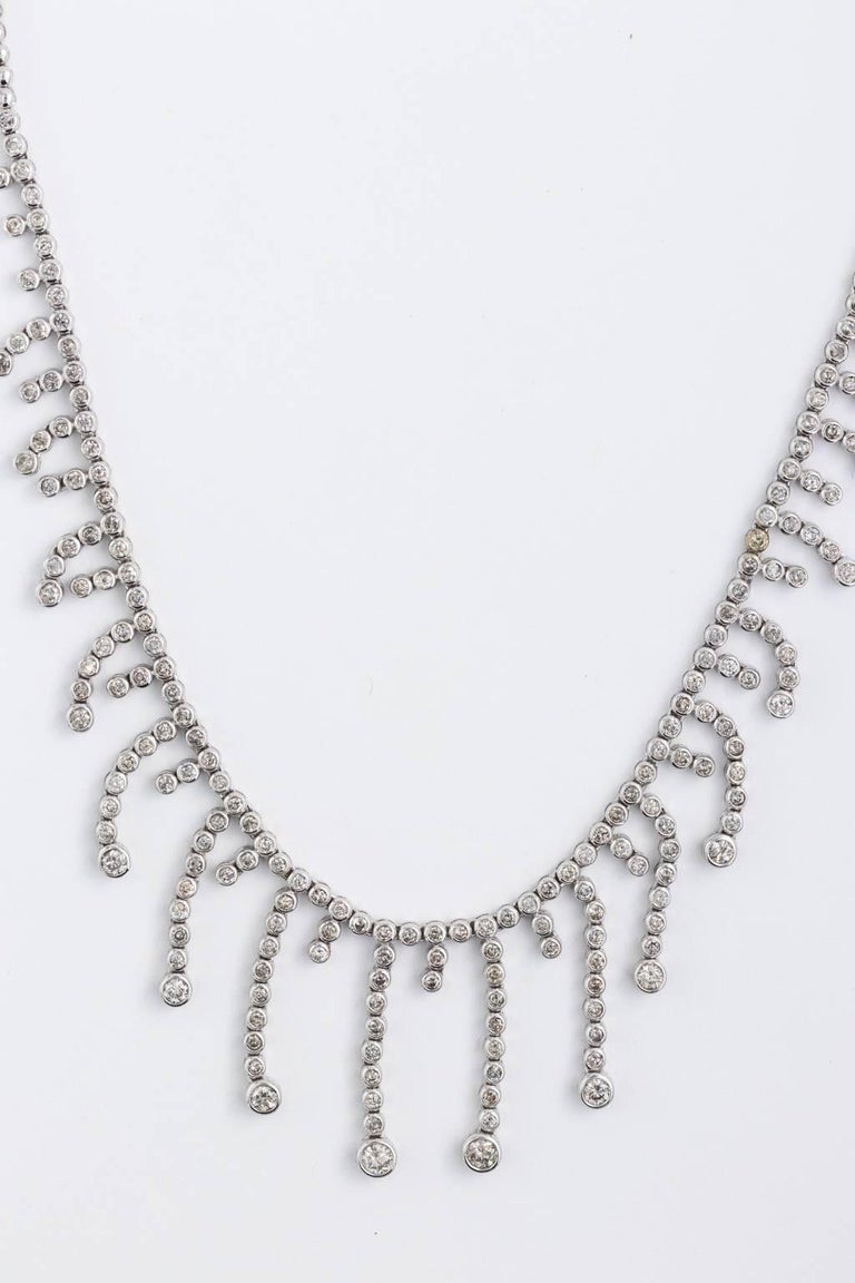 14 Karat White Gold Diamond Bib Fringe Necklace 5.7-7.1 Carat Diamonds In Good Condition For Sale In St.amford, CT
