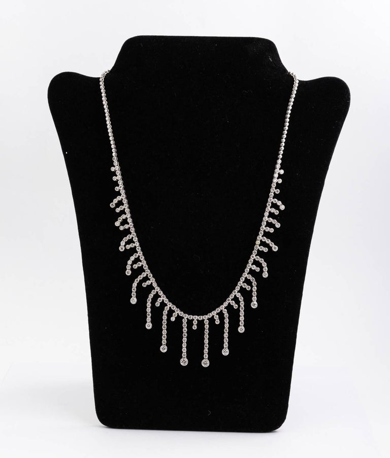 14 Karat White Gold Diamond Bib Fringe Necklace 5.7-7.1 Carat Diamonds For Sale 2