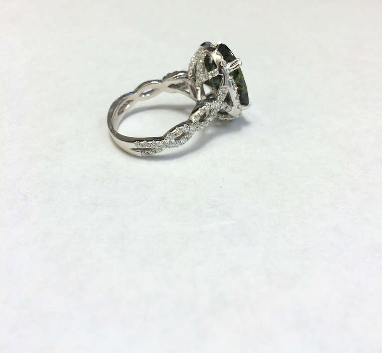 Rare Green Sapphire and Diamond Ring 2