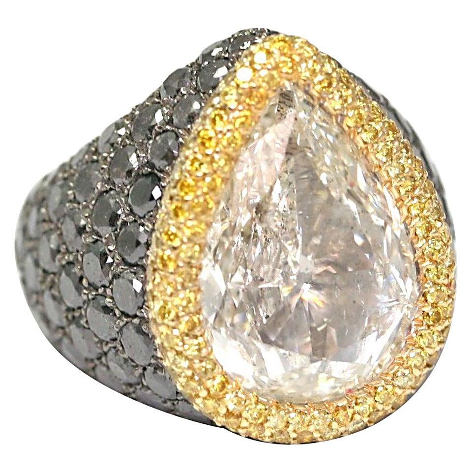 de Grisogono 10.85 Carat Pear-Cut Diamond Gold Ring