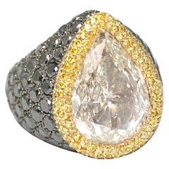 RING De Grisogono 10.85 Carats Diamond Pear white gold fancy yellow and black