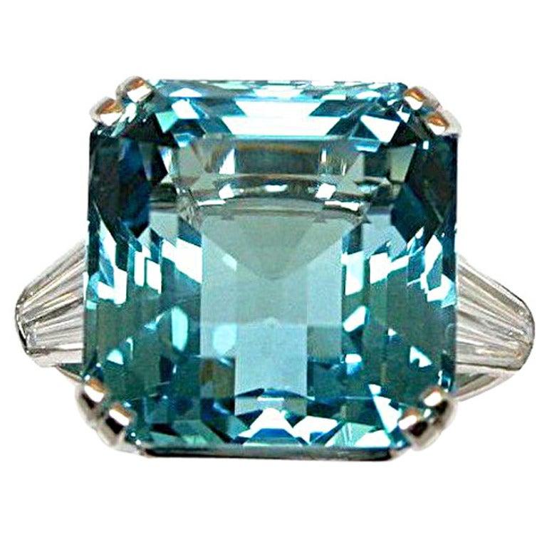 Blue jewel for Santa maria jewelry company
