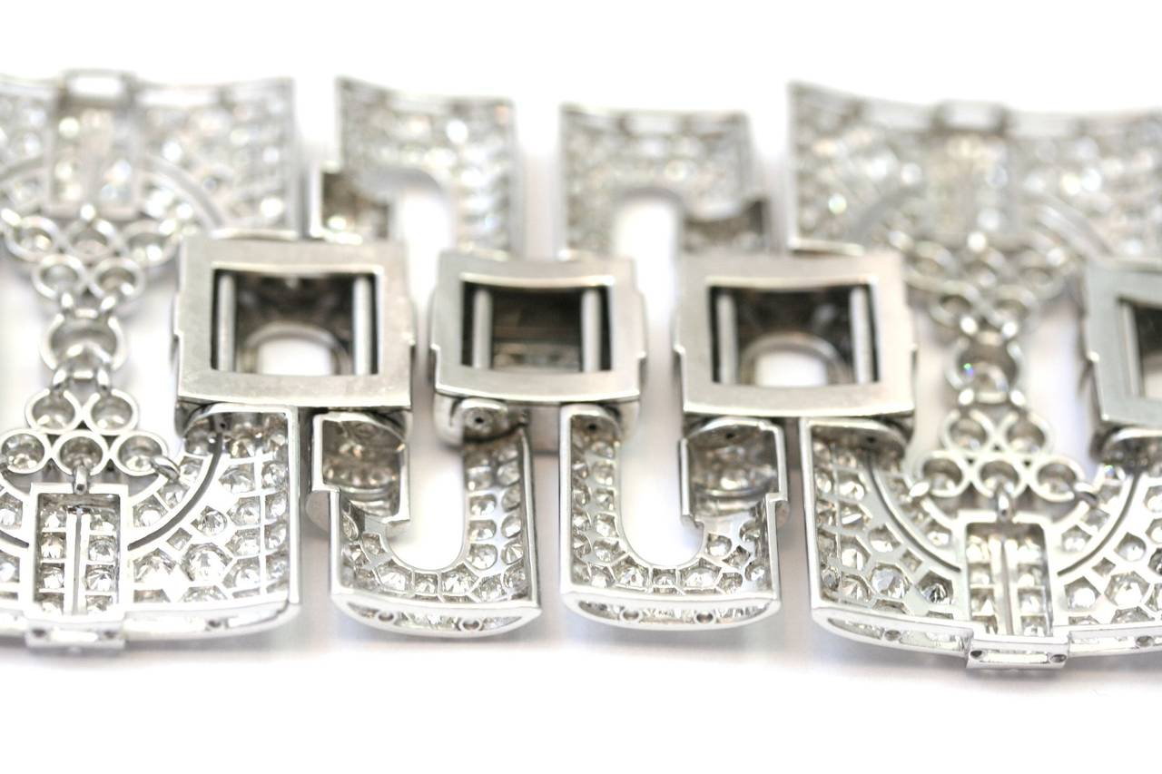 1930s Diamond Platinum Cuff Bracelet In Excellent Condition For Sale In Monte Carlo, MC