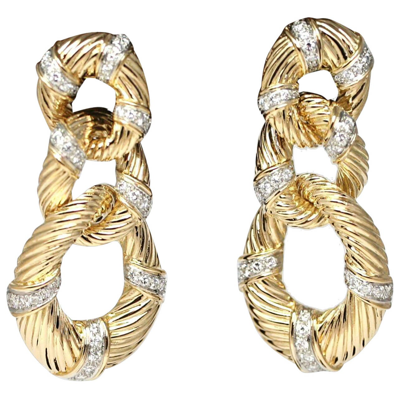 1970s Van Cleef & Arpels New York Diamond Gold Chandelier Earrings