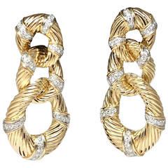 1970s Van Cleef & Arpels New York Diamond Gold Chandelier Earrings