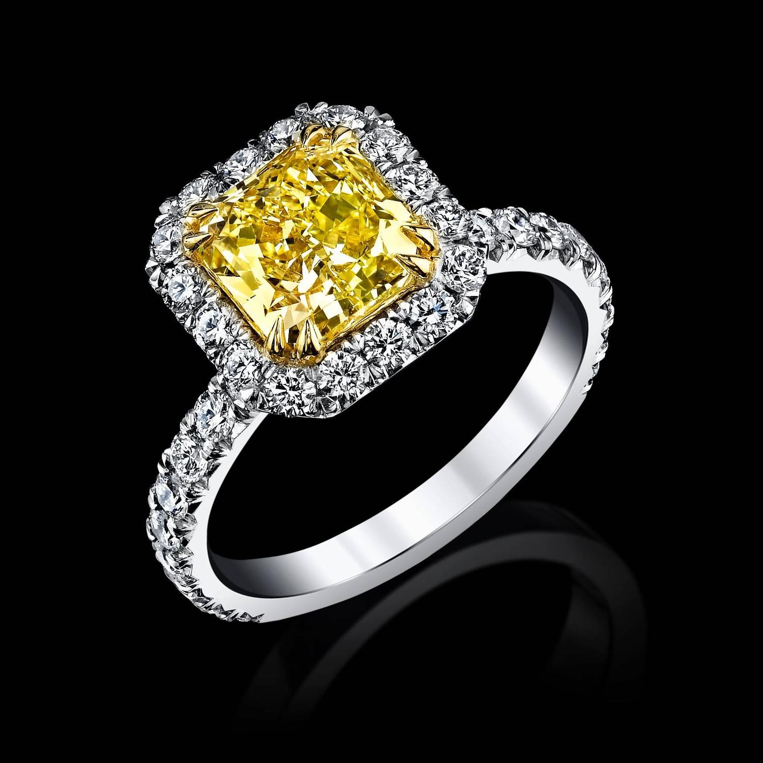 Internally Flawless Radiant Cut Canary Yellow Diamond Gold Engagement Ring Fo