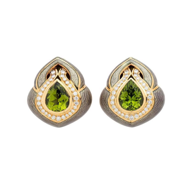 De Vroomen Enamel Peridot Gold Oversized Ear Clips